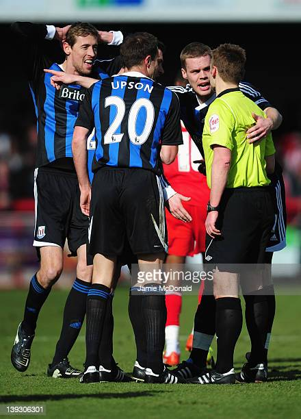 Stoke City players appeal as Rory Delap is sent off by referee Michael Jones during the FA Cup with Budweiser Fifth Round match between Crawley Town...