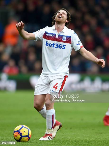 Stoke City's Joe Allen appears dejected during the Premier League match at the Vitality Stadium Bournemouth