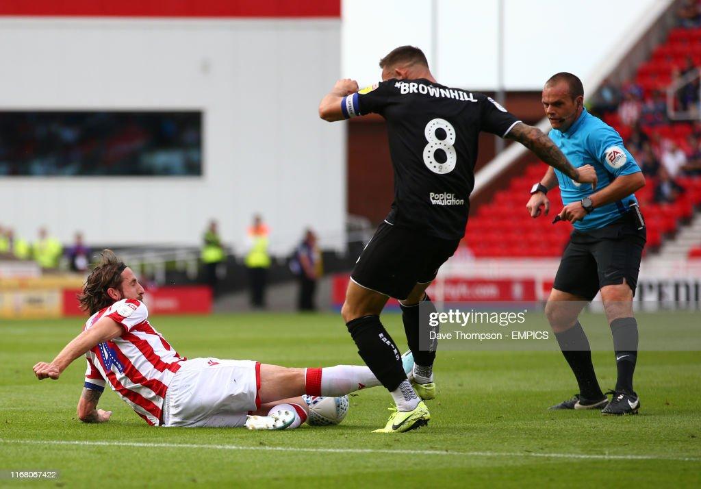 Stoke City v Bristol City - Sky Bet Championship - bet365 Stadium : News Photo