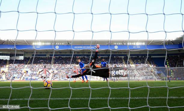 Stoke City's Xherdan Shaqiri scores his side's first goal of the game during the Premier League match at the King Power Stadium Leicester