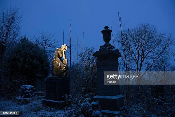 Stone Engel Auf einem Friedhof der Stadt