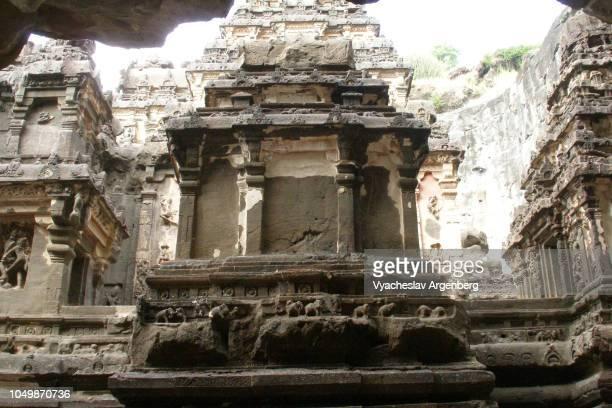 stone art carvings in kailash/kailasa temple, ellora, india - argenberg stock-fotos und bilder