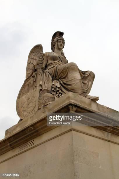 piedra de athena - diosa atenea fotografías e imágenes de stock