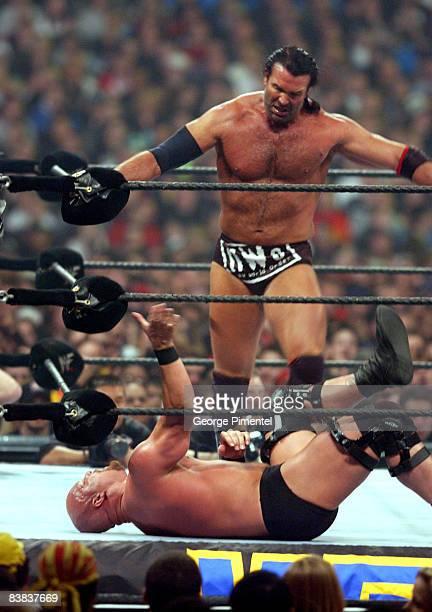 Stone Cold Steve Austin and Razor Ramon at WWF Wrestlemania X8