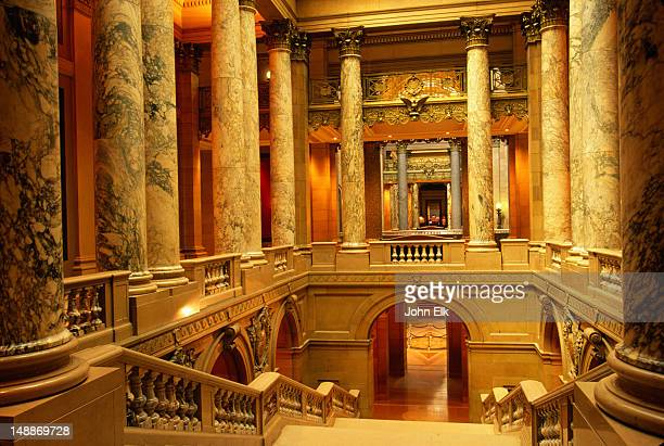 stone columns and stairways in thew minnesota state capitol - minneapolis-st paul, minnesota - st. paul minnesota stock pictures, royalty-free photos & images