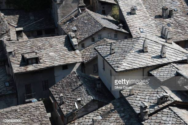 Stone roofs in Bard