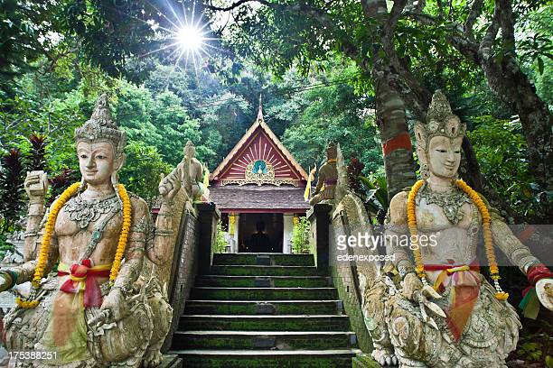 stone steps statues at wat pha lat, chiang mai thailand - wat stock pictures, royalty-free photos & images