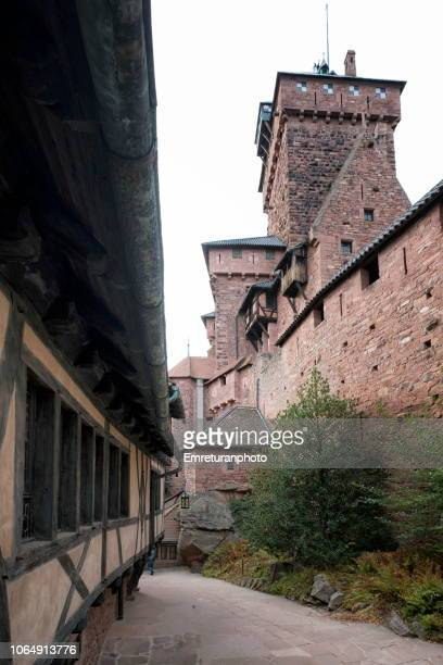 stone walls and towers of haut koeningsburg castle in alsace. - emreturanphoto stock pictures, royalty-free photos & images