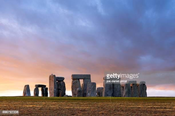 stonehenge, amesbury, salisbury, wiltshire, england - stonehenge stock photos and pictures