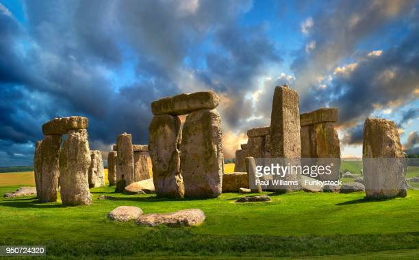 stonehenge, ancient neolithic standing stone circle, monument, wiltshire, england, united kingdom - stonehenge stock photos and pictures