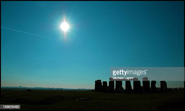 CONTENT] Stonehenge landscape at sunset