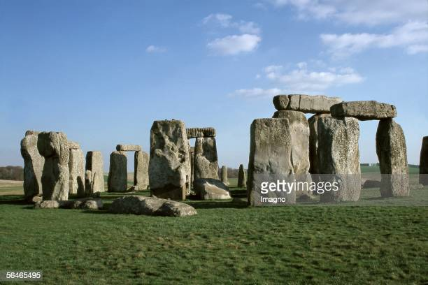 Stonehenge Neolithic and Bronze Age monument located near Amesbury in the English county of Wiltshire about 8 miles northwest of Salisbury...