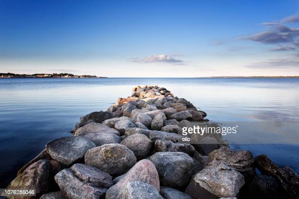 stones and rocks at the beach, baltic sea - waterfront stock pictures, royalty-free photos & images