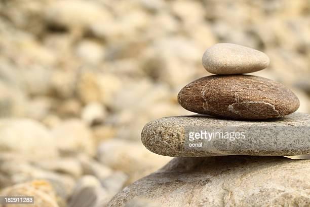 Steine in Gleichgewicht