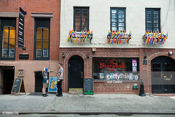 stonewall inn in new york city - stonewall inn stock photos and pictures
