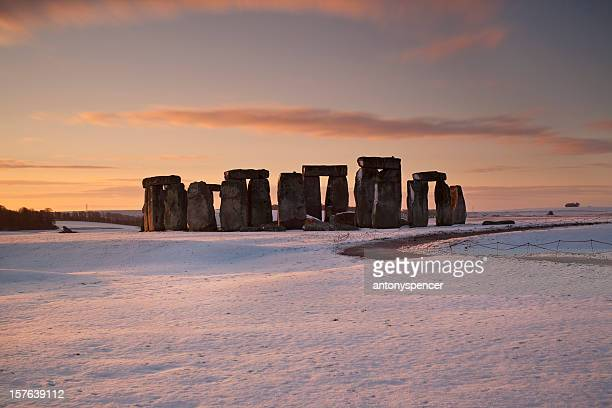 Stonhenge winter sunrise