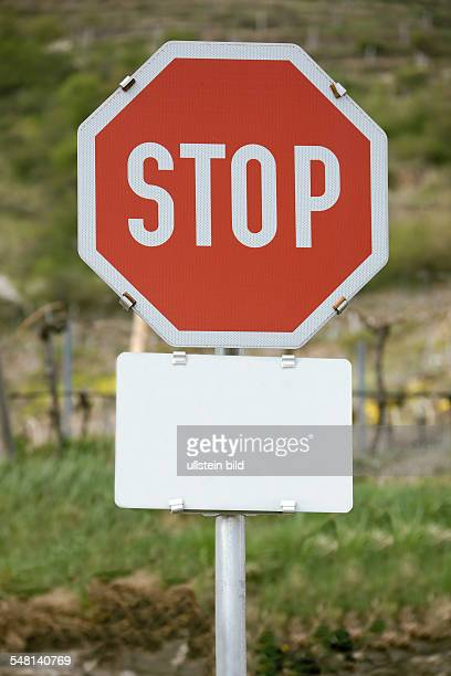 Stop sign, stop with blank sign