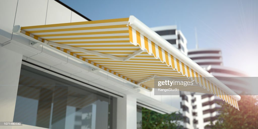 Store and Awning - white background : Foto de stock