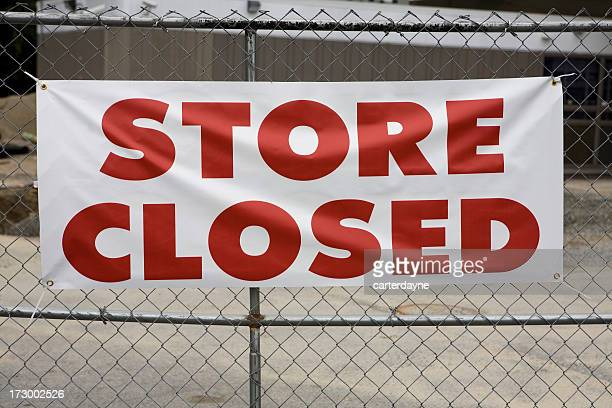 Store Closed Sign showing Bankruptcy of Retailer