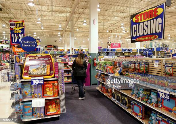 'Store Closing' sign is posted in a Toys R Us store January 10 2006 in Arlington Heights Illinois Vornado Realty Trust which bought the company last...