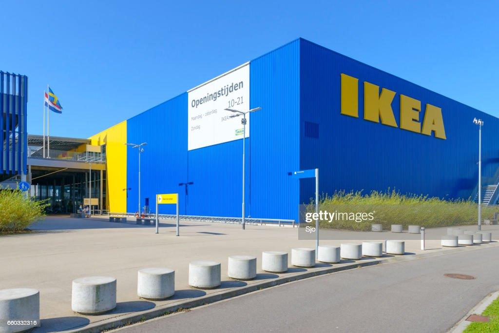 Ikea Einrichtungshaus Mit Den Ikeanamen In Gelb Und Blau Stock Foto