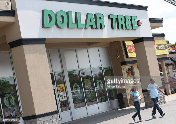 60 Top Dollar Shop Pictures, Photos and Images - Getty Images