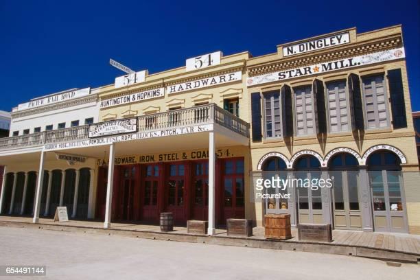 stores in old sacramento - distrito histórico fotografías e imágenes de stock