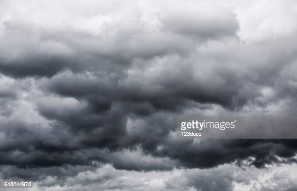 storm clouds - dramatic sky stock pictures, royalty-free photos & images