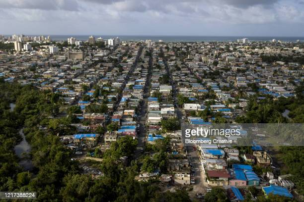 storm damage from hurricane maria - 2017 hurricane maria stock pictures, royalty-free photos & images