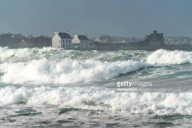 storm diana in bretagne - bretagne photos et images de collection