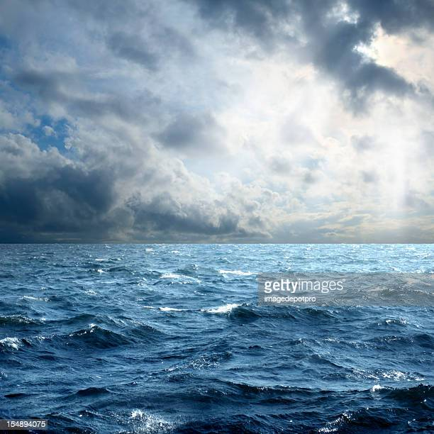 storm over sea - dramatic sky stock pictures, royalty-free photos & images