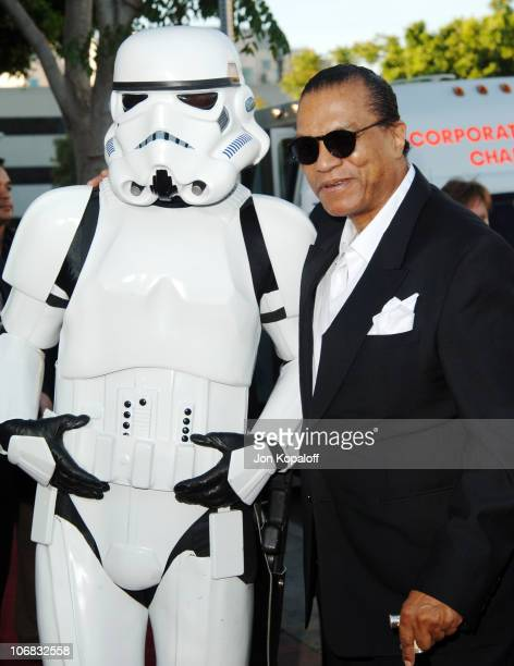Stormtrooper and Billy Dee Williams during Star Wars Episode III Revenge of The Sith Premiere to Benefit Artists for a New South Africa Charity...