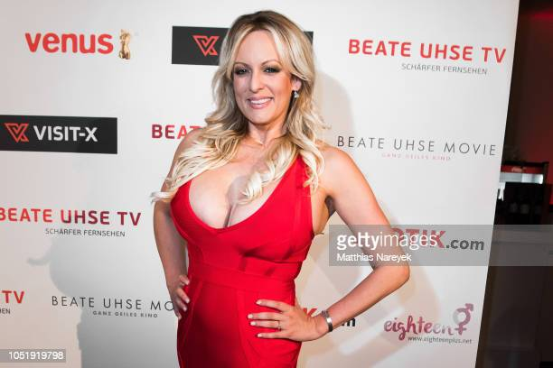 Stormy Daniels attends the Venus Award during the Venus Erotic Fair 2018 at Hotel Ellington on October 11 2018 in Berlin Germany She was honorated...