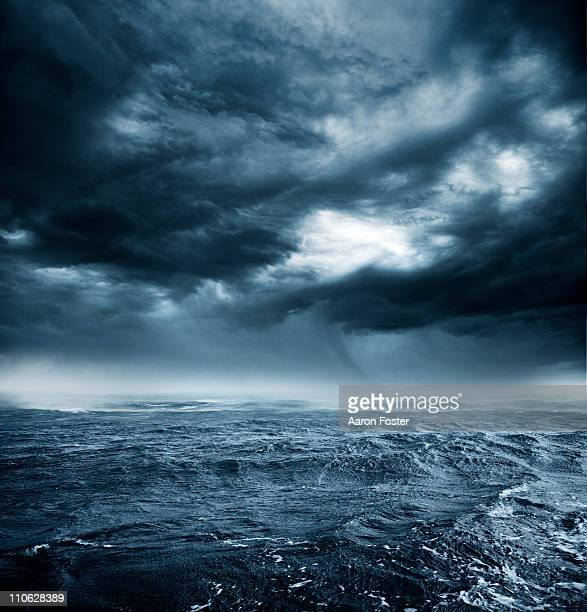 stormy ocean - dramatic sky stock pictures, royalty-free photos & images