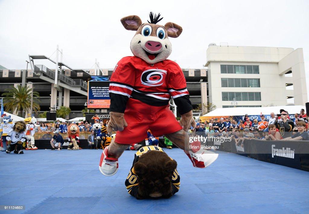 2018 NHL All-Star - PreGame & Mascot Showdown : News Photo