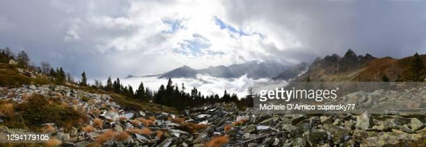 stormy sky on the alps in autumn - valle d'aosta foto e immagini stock