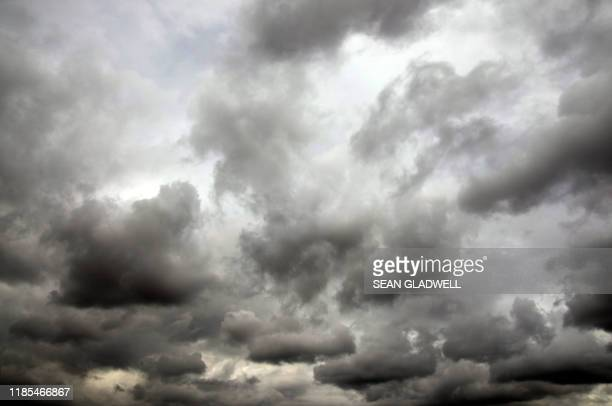 stormy sky - cloudscape stock pictures, royalty-free photos & images