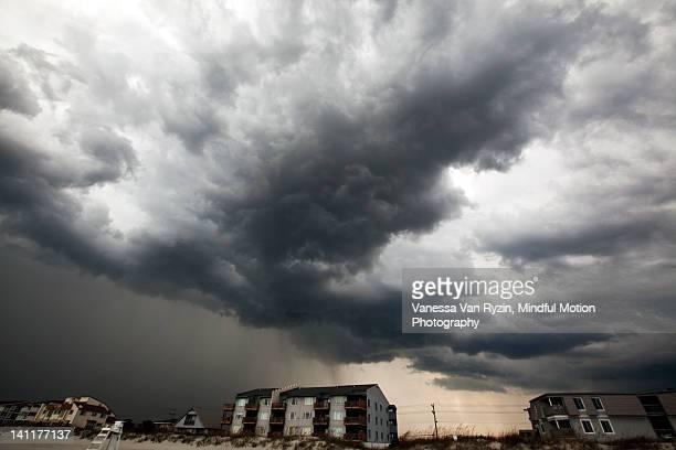 stormy sky - vanessa van ryzin foto e immagini stock