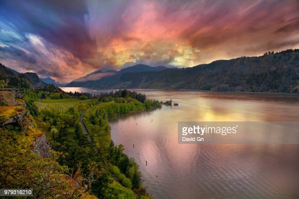 stormy sunset over columbia river gorge at hood river - hood river stock pictures, royalty-free photos & images