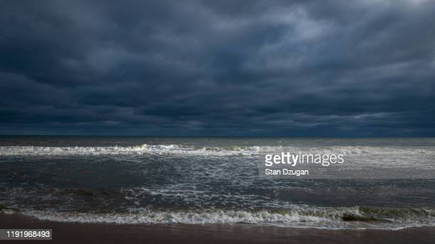 stormy surf in the hamptons - east hampton stock pictures, royalty-free photos & images
