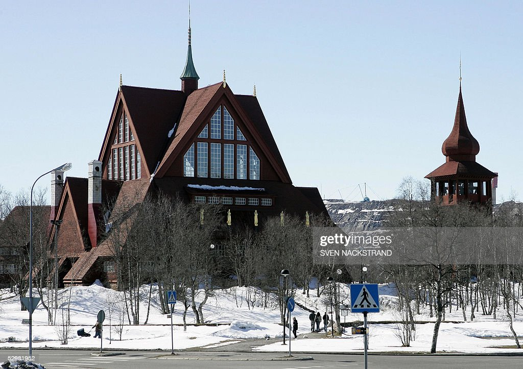"TO GO WITH AFP STORY-""Lappland town move : News Photo"