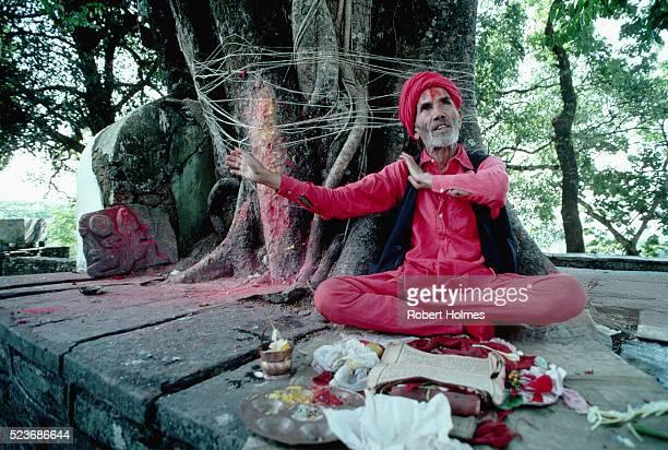 A Storyteller in Pokhara