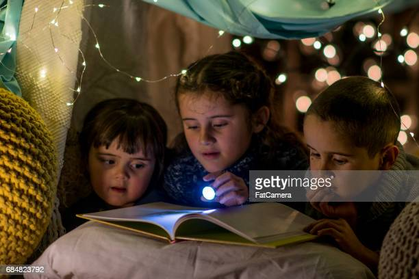 storytime - fort stock pictures, royalty-free photos & images