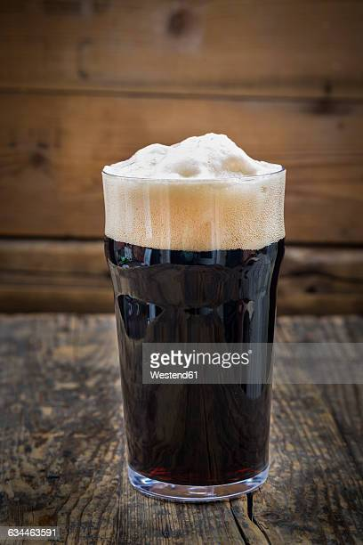 Stout in pint glass