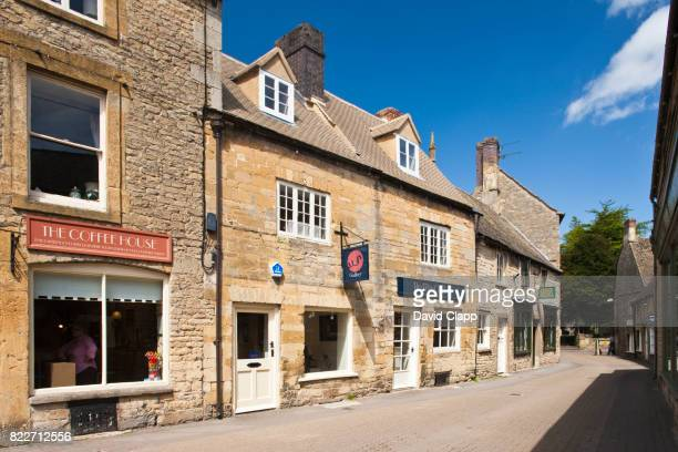 stow on the wold, cotswolds, gloucestershire - stow on the wold stock pictures, royalty-free photos & images
