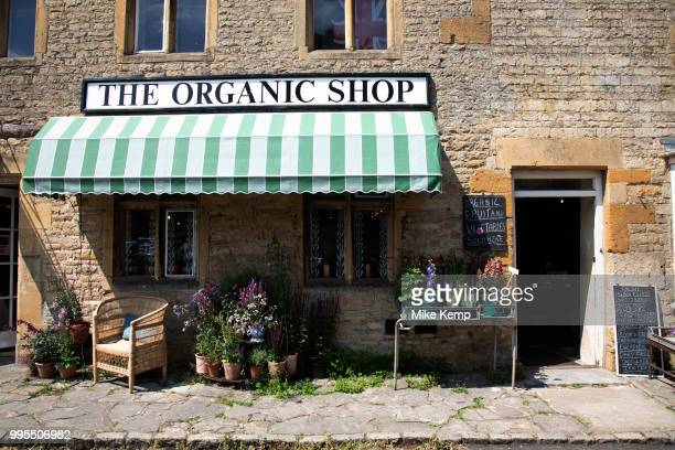 Stow on the Wold in The Cotswolds United Kingdom StowontheWold is a small market town and civil parish in Gloucestershire England The town was...