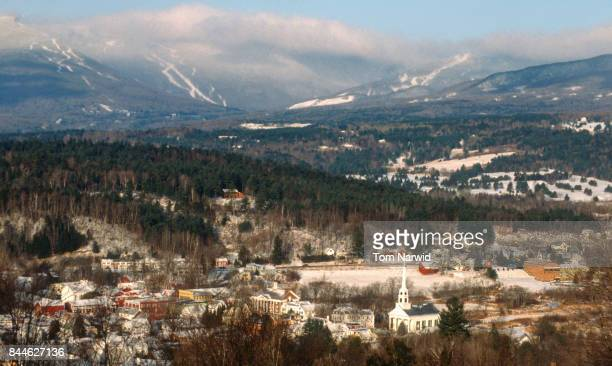stowe, vermont-3 - vermont stock pictures, royalty-free photos & images