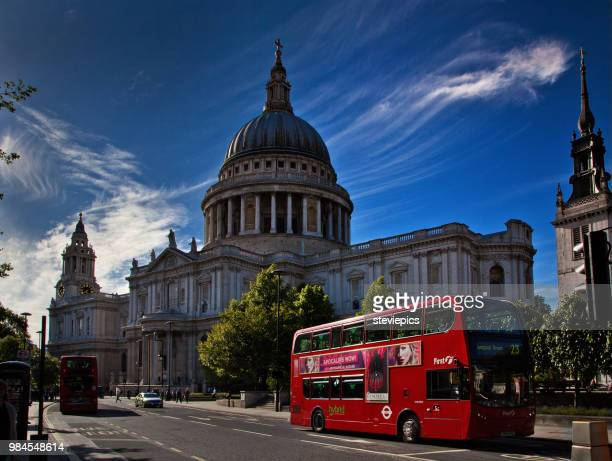 st.pauls & london bus - cathedral stock pictures, royalty-free photos & images