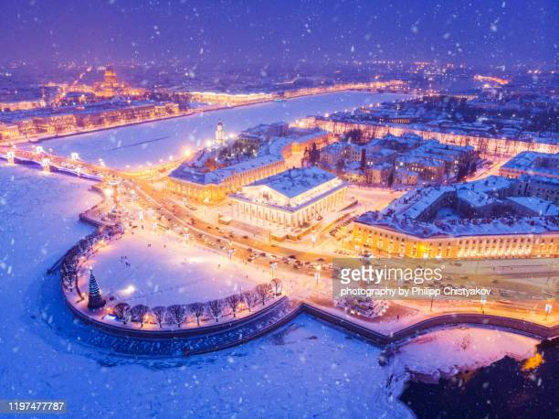 st.petersburg christmas evening airview - russia stock pictures, royalty-free photos & images