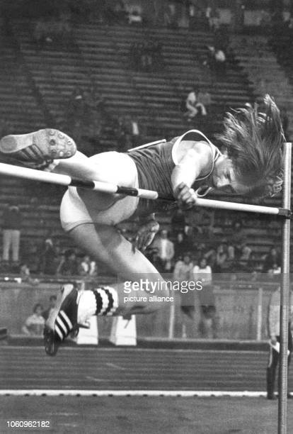 Straddle jumper Rosemarie Ackermann jumps as first woman over the magical two metres border at the ISTAF in Berlin on the 26th of August in 1977